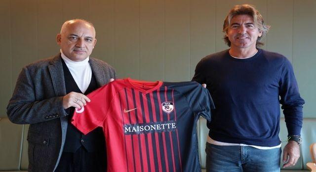 Gaziantep FK, teknik direktör Ricardo Sa Pinto ile anlaştı