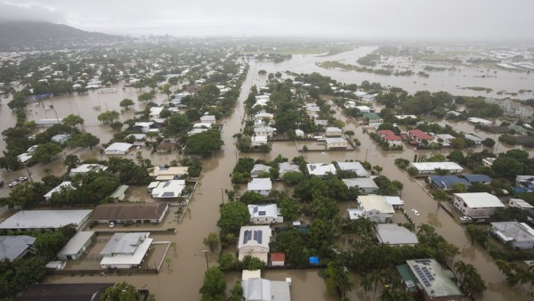 Avustralya'da sel felaketi: 18 bin kişi tahliye edildi