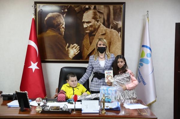 Denizli Merkezefendi'nin başkanlık koltuğu çocuklarda