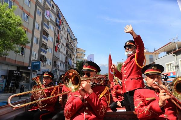 Denizli'de 23 Nisan coşkusunu Büyükşehir ile yaşadılar