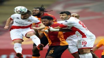 Galatasaray ile Antalyaspor yenişemedi