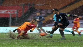 Galatasaray liderliği son anda geri aldı