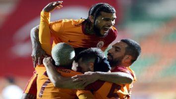 Galatasaray zorlu virajı geçti