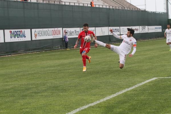 Hekimoğlu Trabzon ile İnegölspor yenişemedi
