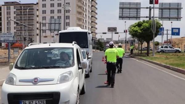 Kara yollarında trafik denetimleri artırıldı
