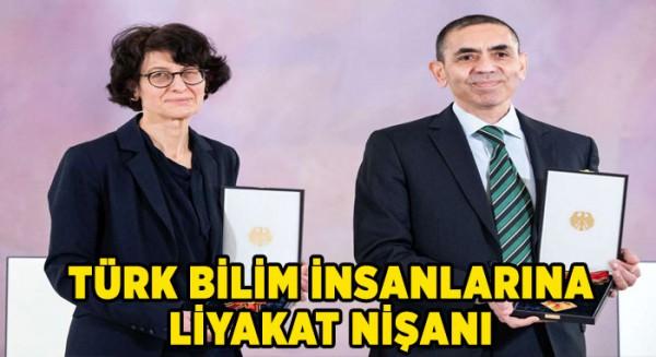 Türk bilim insanlarına liyakat nişanı