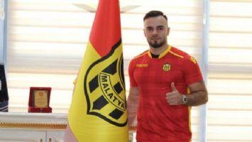 Yeni Malatyaspor'da 3 futbolcu ile yollar ayrılıyor